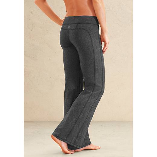 Plus size workout wear for fall sparkpeople athleta kickbooty pant sciox Images